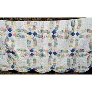White Floral Double Wedding Ring Quilt Patchwork